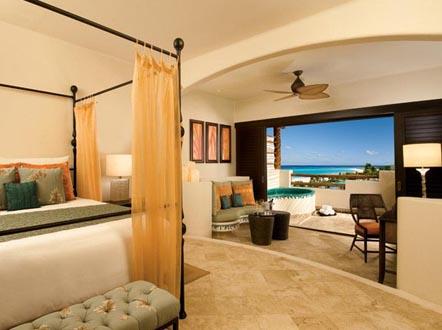 http://www.miserachi.com/wp-content/uploads/2016/12/Hoteleria_MAROMA-OCEANFRONT-ROOM.jpg