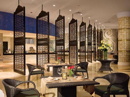 http://www.miserachi.com/wp-content/uploads/2016/12/Hoteleria_MAROMA-World-Cafe.jpg
